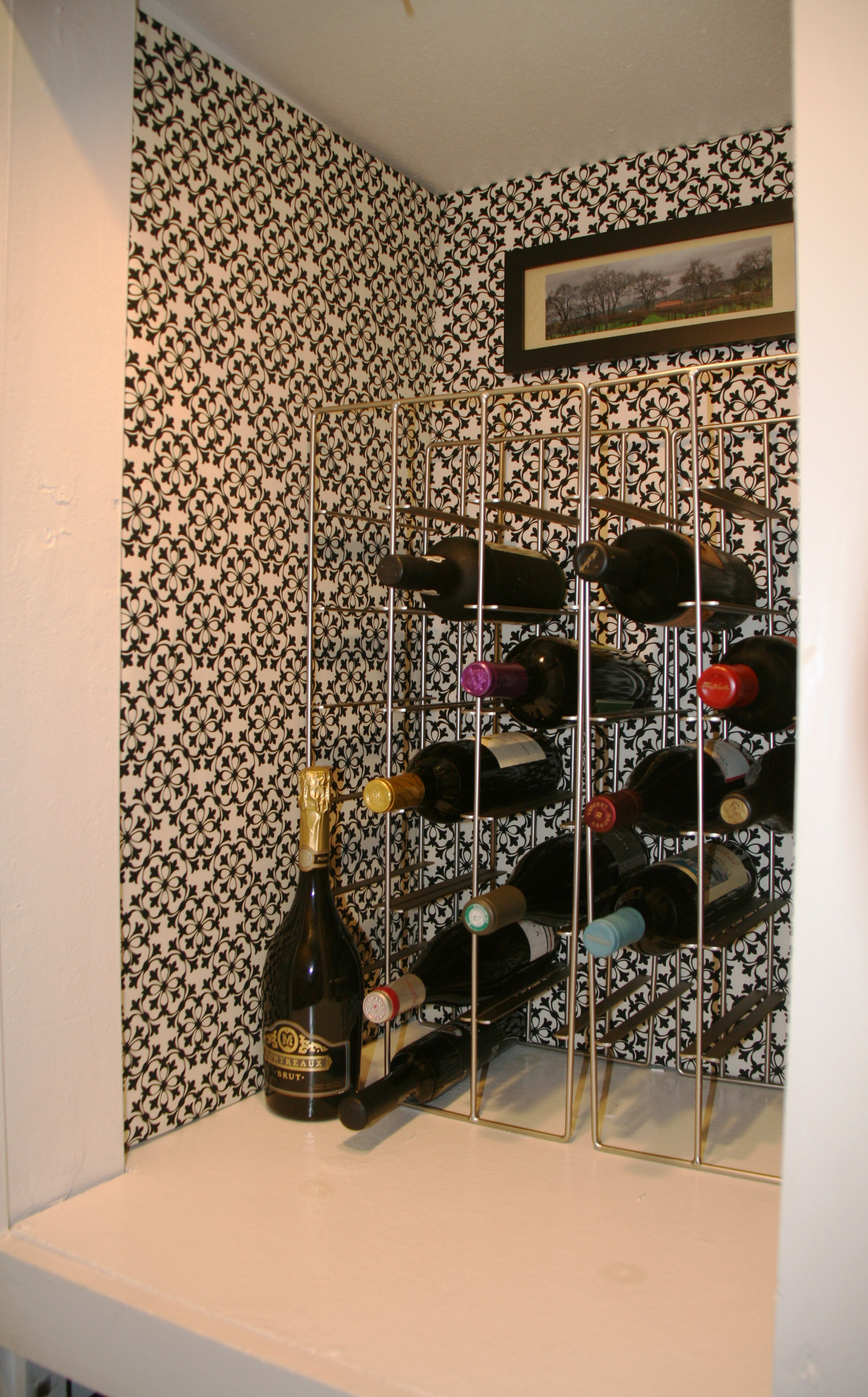 Wine Nook, Fabric Lined, Close Up